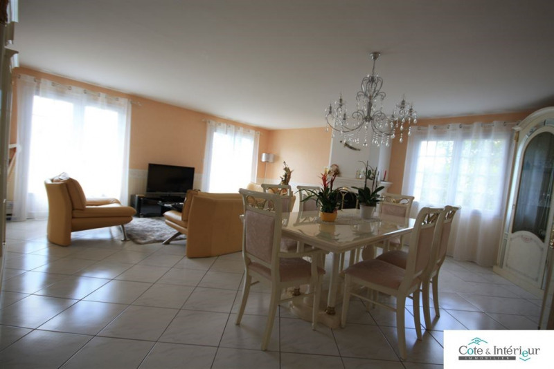 Sale house / villa Ste foy 299 000€ - Picture 3