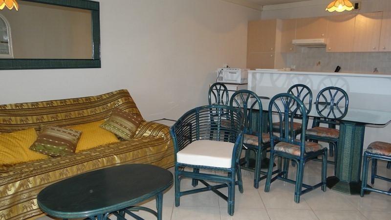 Vacation rental apartment Cavalaire sur mer 900€ - Picture 9