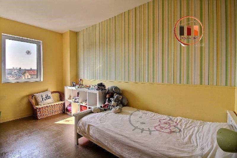 Sale house / villa Grigny 397000€ - Picture 8