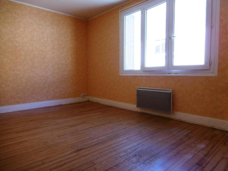 Location appartement Violay 380€ CC - Photo 4