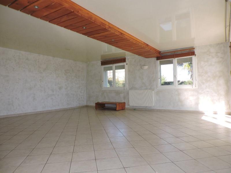 Location maison / villa Brax 890€ CC - Photo 2