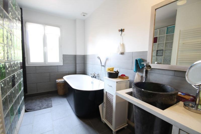 Sale house / villa Chatou 830000€ - Picture 3