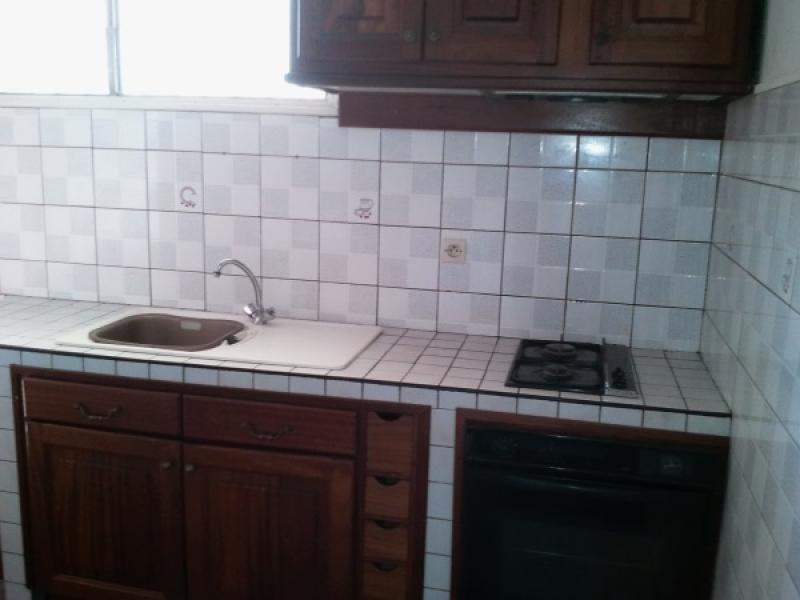Location appartement La riviere 554€ CC - Photo 4