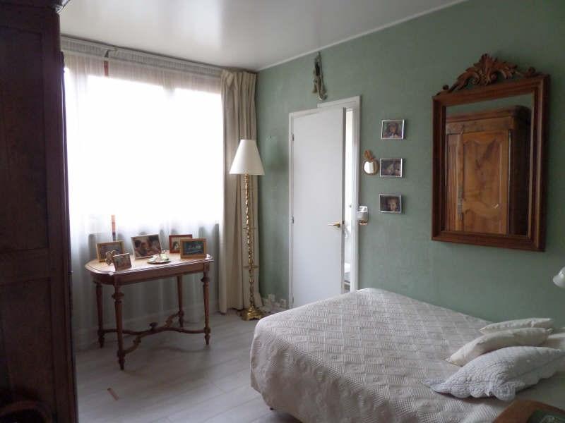 Sale apartment La celle st cloud 310000€ - Picture 2