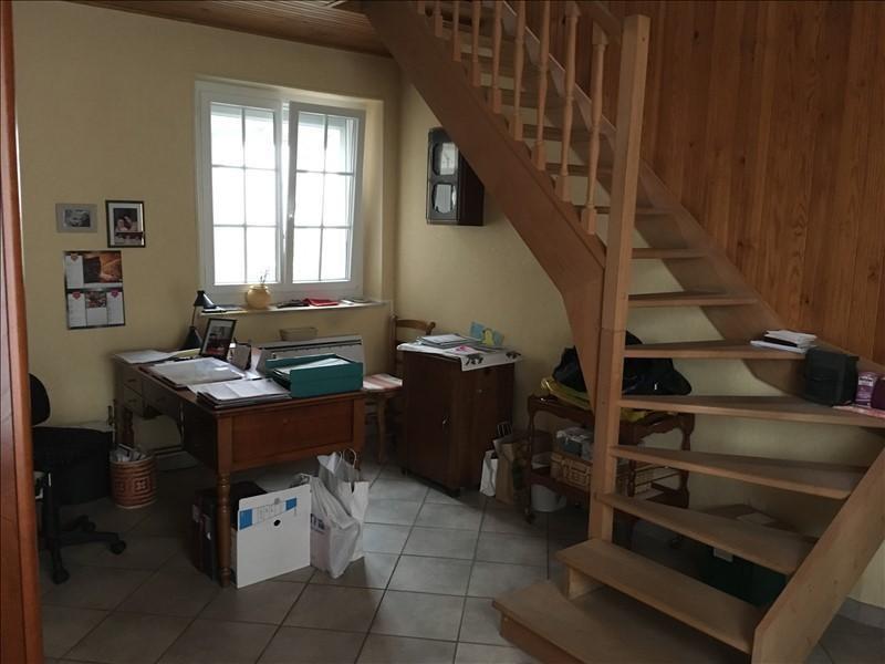 Sale house / villa Villeneuve la guyard 255000€ - Picture 7
