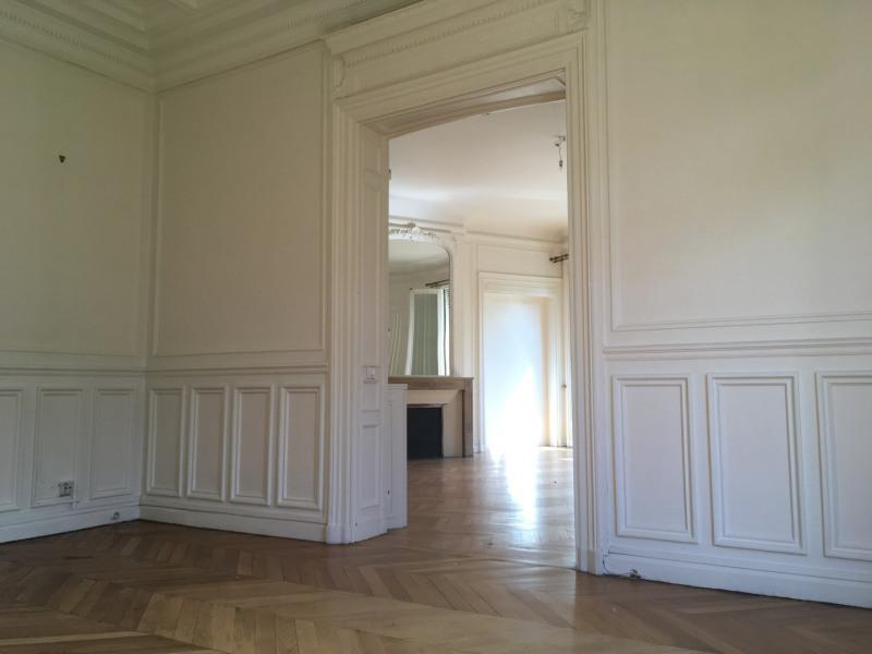 Rental apartment Paris 8ème 7540€ CC - Picture 4
