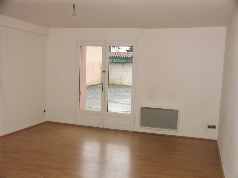 Rental apartment Tarbes 300€ CC - Picture 1