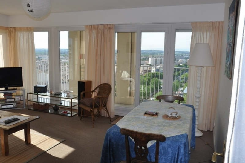 Sale apartment Nimes 110000€ - Picture 2