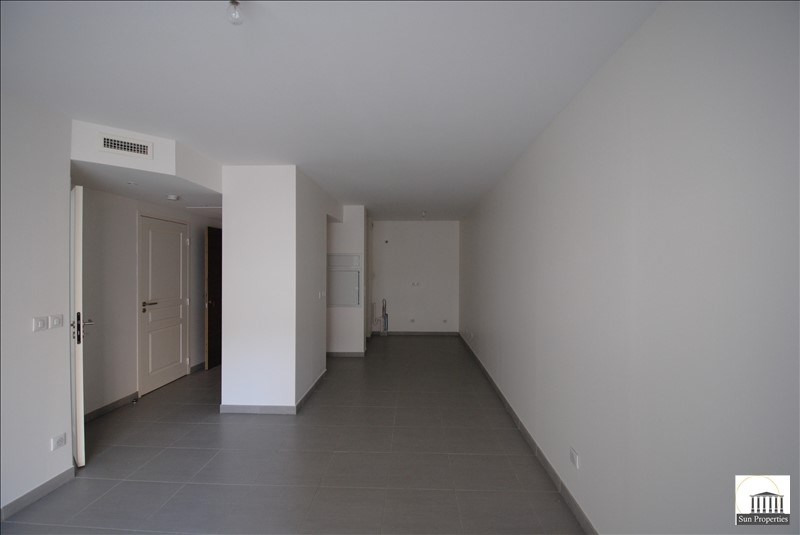Sale apartment Cannes 228 000€ - Picture 1