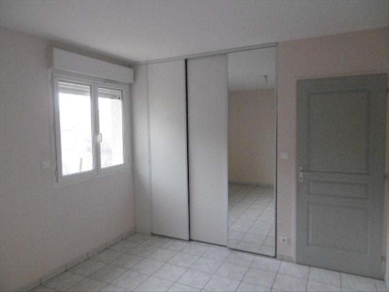 Location maison / villa Planioles 816€ CC - Photo 8