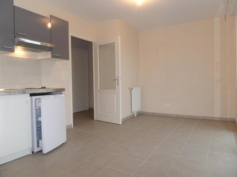 Location appartement Chevigny st sauveur 391€ CC - Photo 2