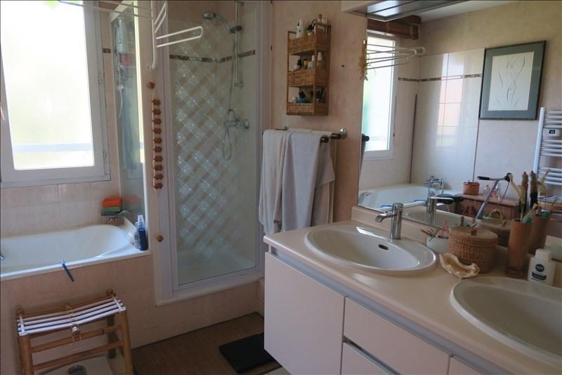Revenda casa Voisins le bretonneux 670000€ - Fotografia 8