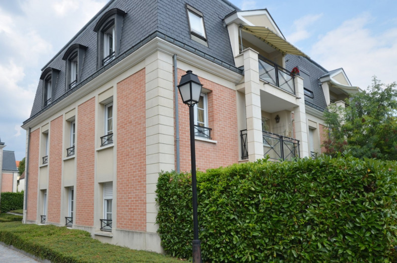 Revenda apartamento Croissy-sur-seine 315000€ - Fotografia 1