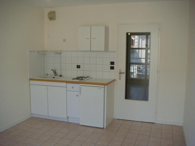 Location appartement Grenoble 350€cc - Photo 2