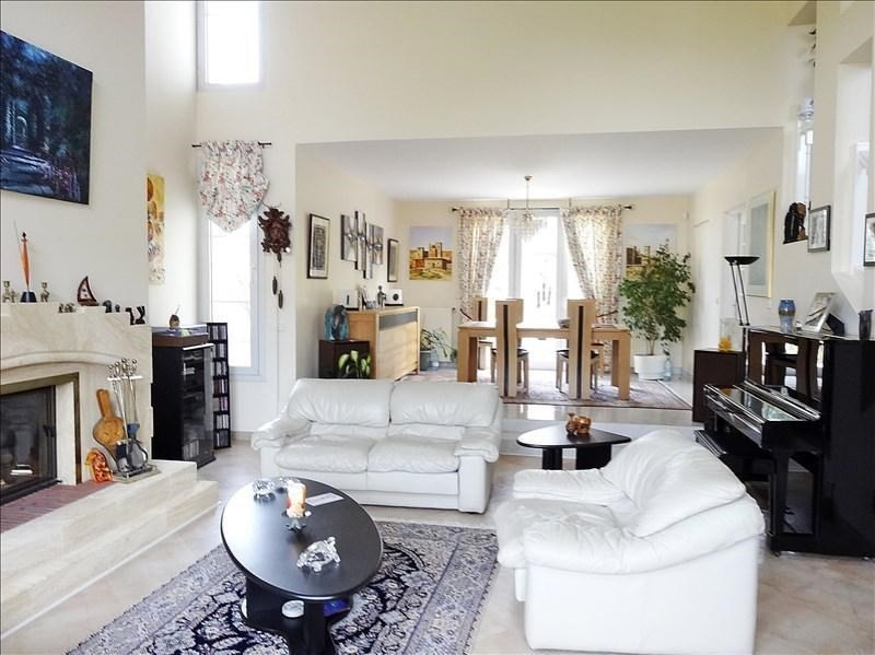 Deluxe sale house / villa Chambourcy 1144000€ - Picture 1