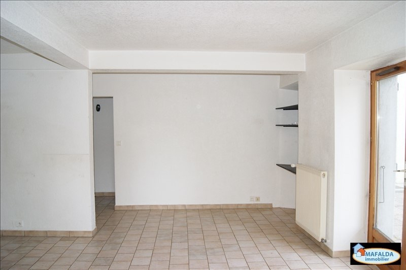 Rental apartment Mont saxonnex 757€ CC - Picture 2