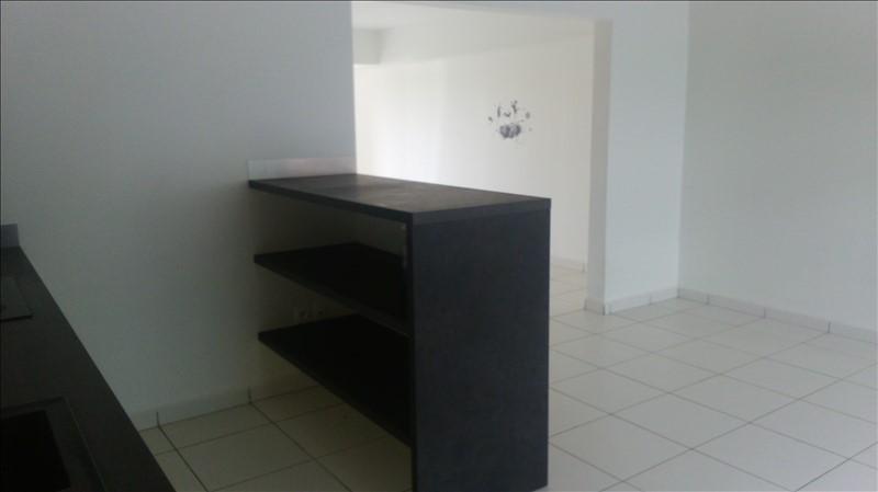 Sale apartment St francois 217000€ - Picture 3