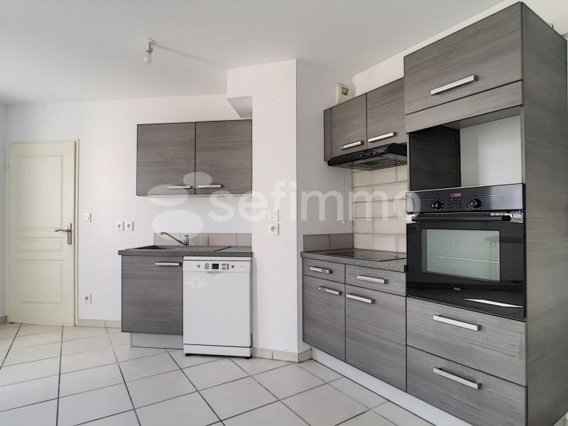 Rental apartment Marseille 5ème 730€ CC - Picture 2