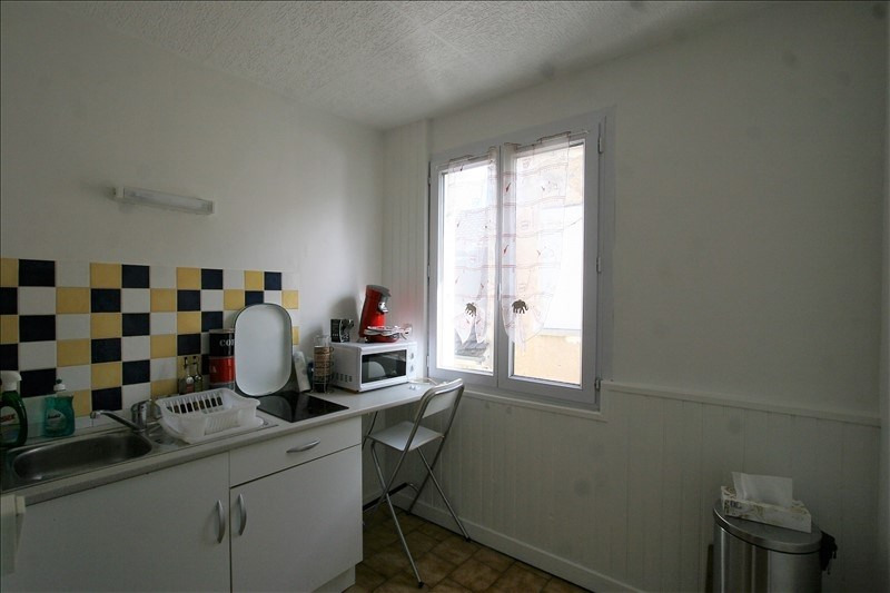 Rental apartment Fontainebleau 550€ CC - Picture 3