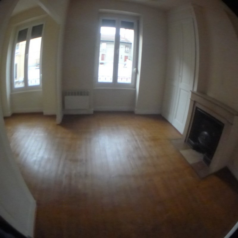 Location appartement Oullins 465€ CC - Photo 1