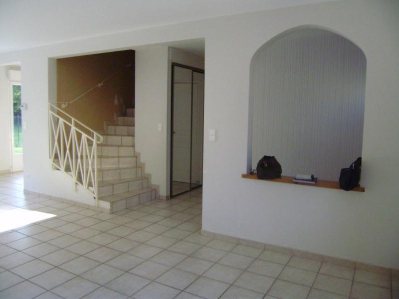 Location maison / villa Châlons-en-champagne 810€ CC - Photo 2
