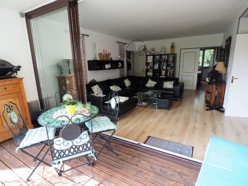Sale apartment Vaux le penil 280 000€ - Picture 1