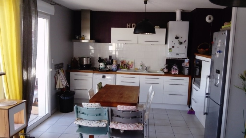Sale apartment Communay 233 500€ - Picture 1