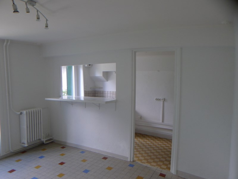 Rental house / villa Charly 708€ CC - Picture 4