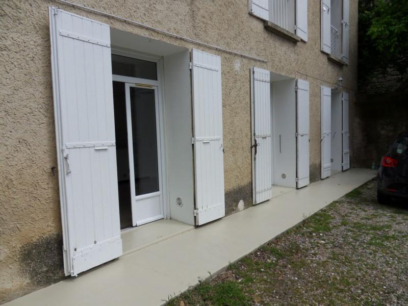 Rental apartment Entraigues sur la sorgue 600€ CC - Picture 10