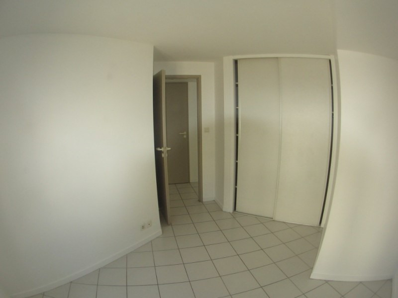 Rental apartment Oullins 619€ CC - Picture 1