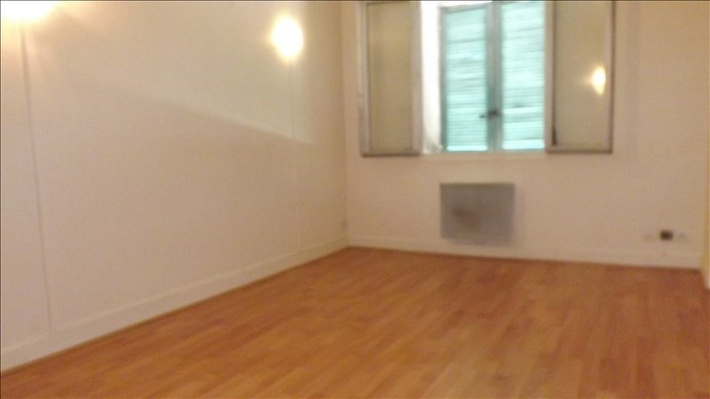 Rental apartment Coulommiers 595€ CC - Picture 2