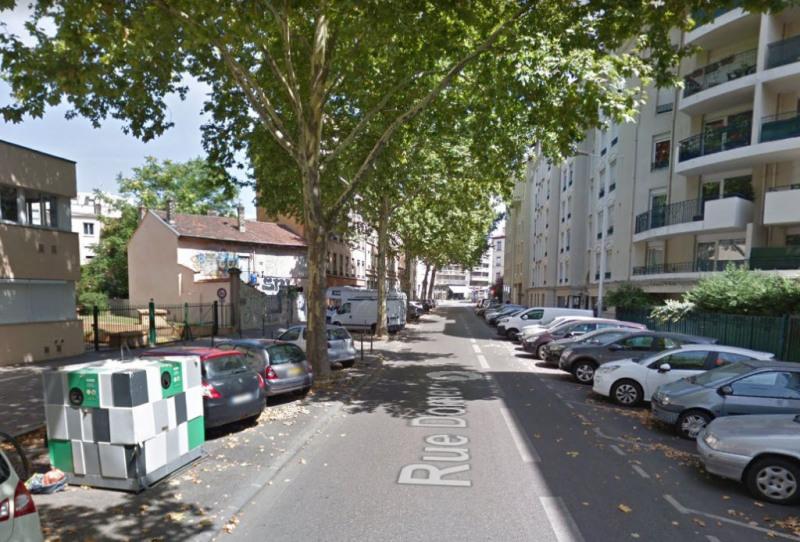 Location parking Lyon 7ème 70€ CC - Photo 2