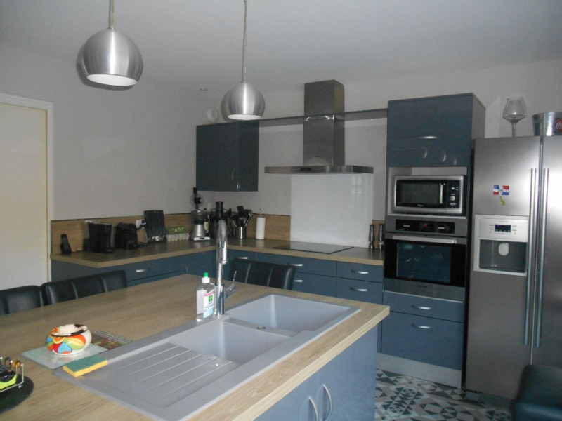 Deluxe sale house / villa La brede 668000€ - Picture 4