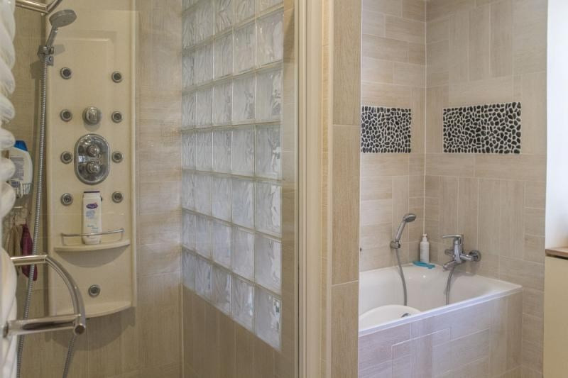 Sale house / villa Montfort l amaury 278000€ - Picture 7