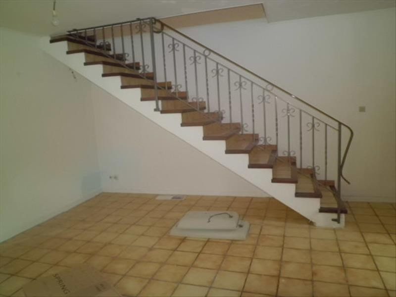 Rental apartment Grisolles 565€ CC - Picture 2