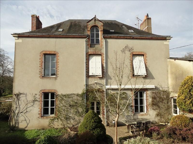 Sale house / villa Clisson 423900€ - Picture 1