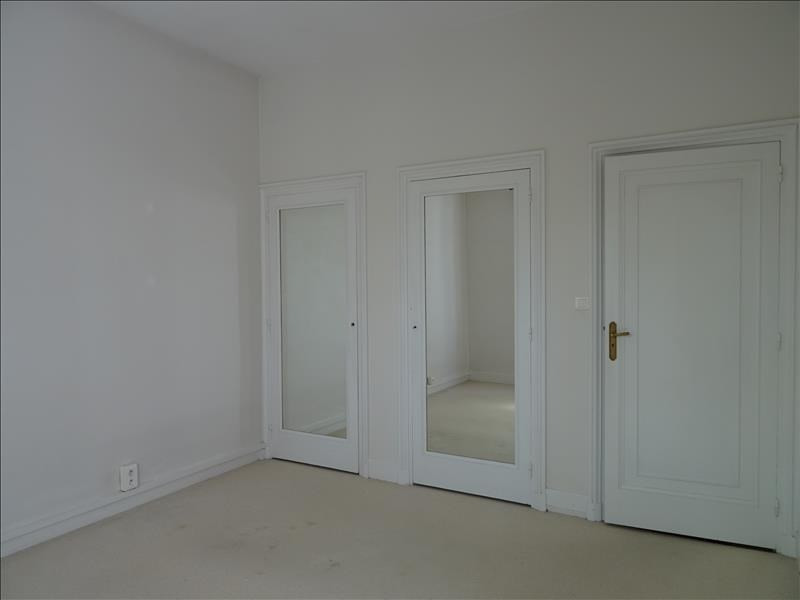 Location maison / villa Riorges 900€ CC - Photo 6