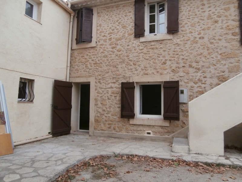 Verhuren  appartement Salon de provence 540€ CC - Foto 1