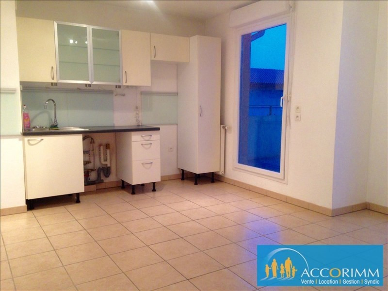 Location appartement Mions 601€ CC - Photo 3