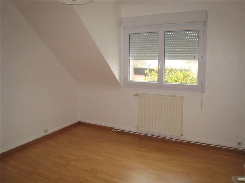 Rental apartment Riec sur belon 350€ CC - Picture 1