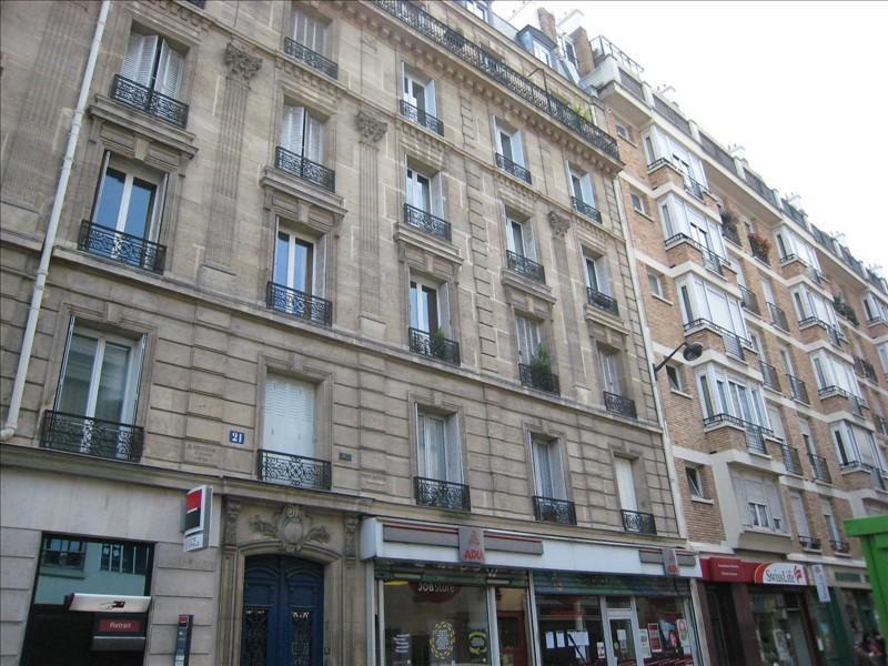 Location appartement Paris 14ème 2084€ CC - Photo 1