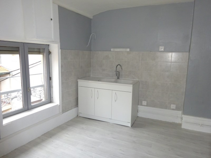 Location appartement Oullins 495€ CC - Photo 4