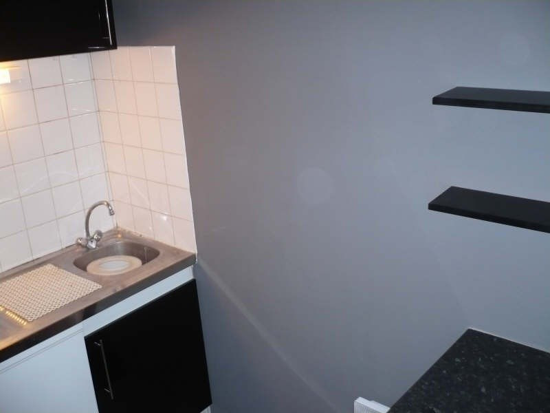 Rental apartment Angouleme 310€ CC - Picture 2