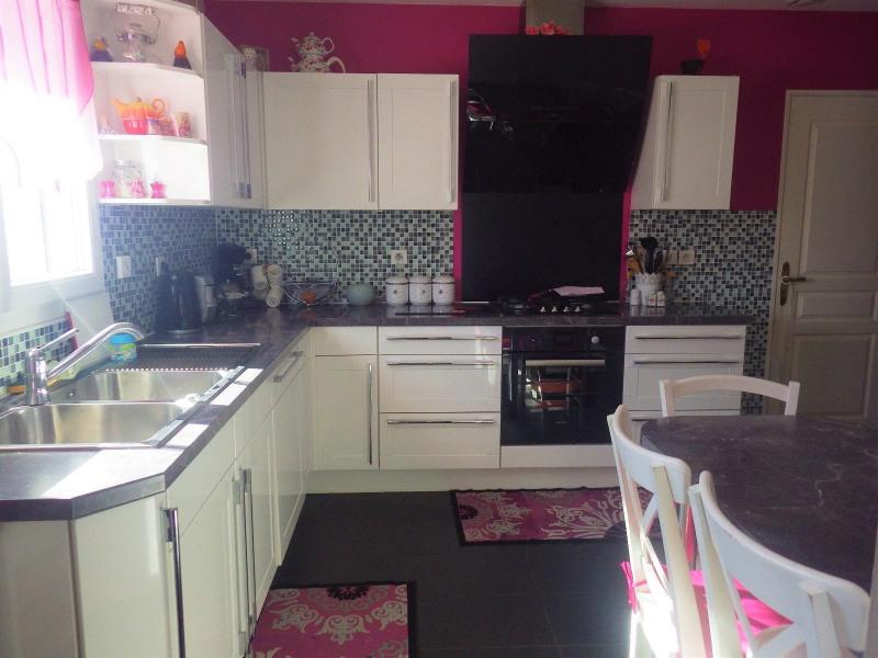Sale house / villa Feurs 170000€ - Picture 1