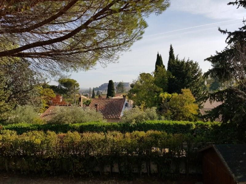 Sale house / villa Villeneuve les avignon 317000€ - Picture 2