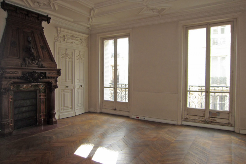 Rental office Paris 10ème 3583€ HC - Picture 4
