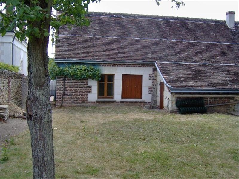 Rental house / villa Authon 635€ CC - Picture 1