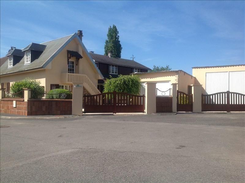 Sale house / villa St quentin 194900€ - Picture 1
