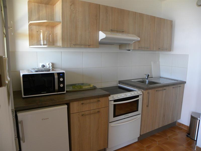 Location vacances appartement Bandol 300€ - Photo 3