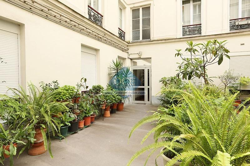 Vente de prestige appartement Paris 9ème 620000€ - Photo 8